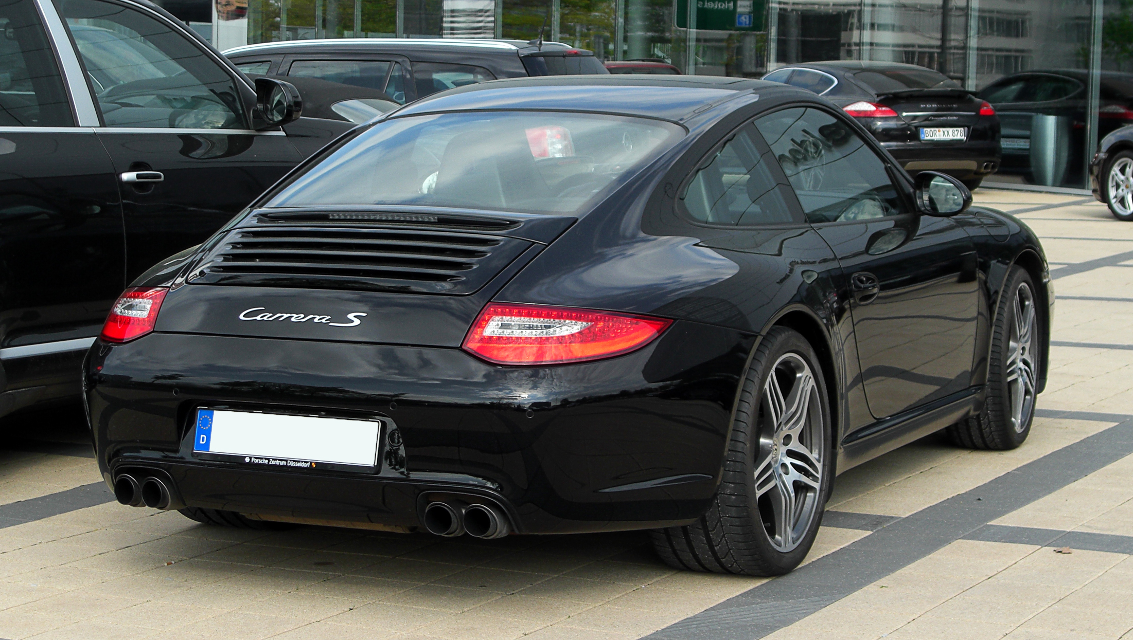 file porsche 911 carrera s coup 997 facelift heckansicht 1 17 april 2011 d sseldorf. Black Bedroom Furniture Sets. Home Design Ideas
