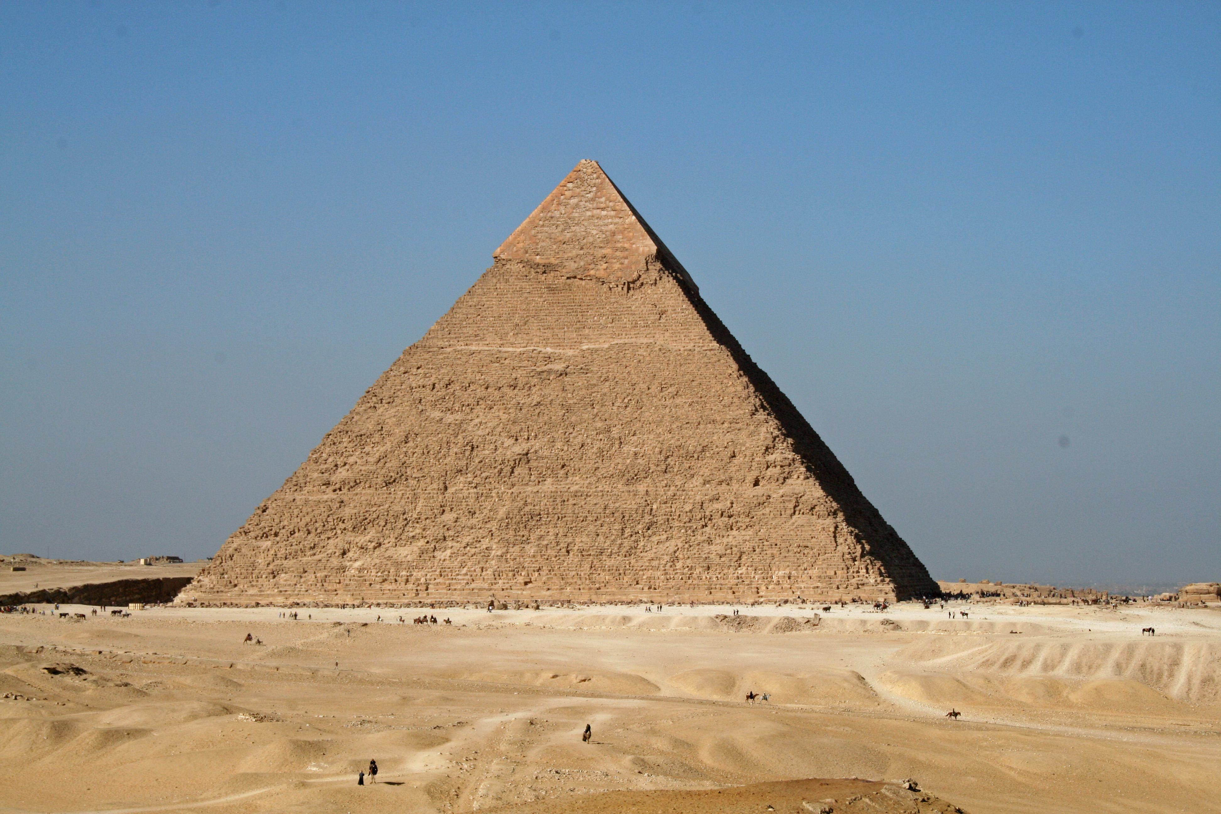 File Pyramide Khephren Jpg Wikimedia Commons