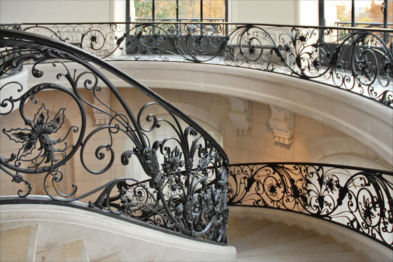 file rampe en fer forg dune des rotondes du petit palais. Black Bedroom Furniture Sets. Home Design Ideas