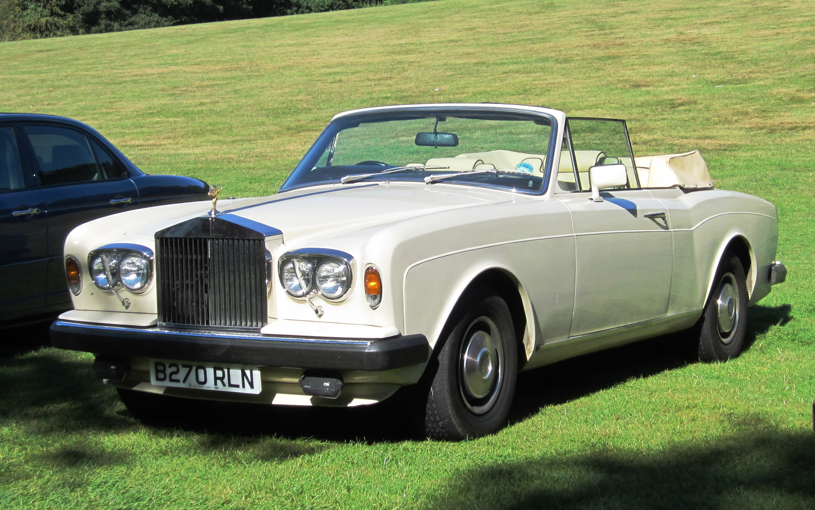 File rolls royce corniche ii cabriolet first registered august 1984 6750cc jpg wikimedia commons