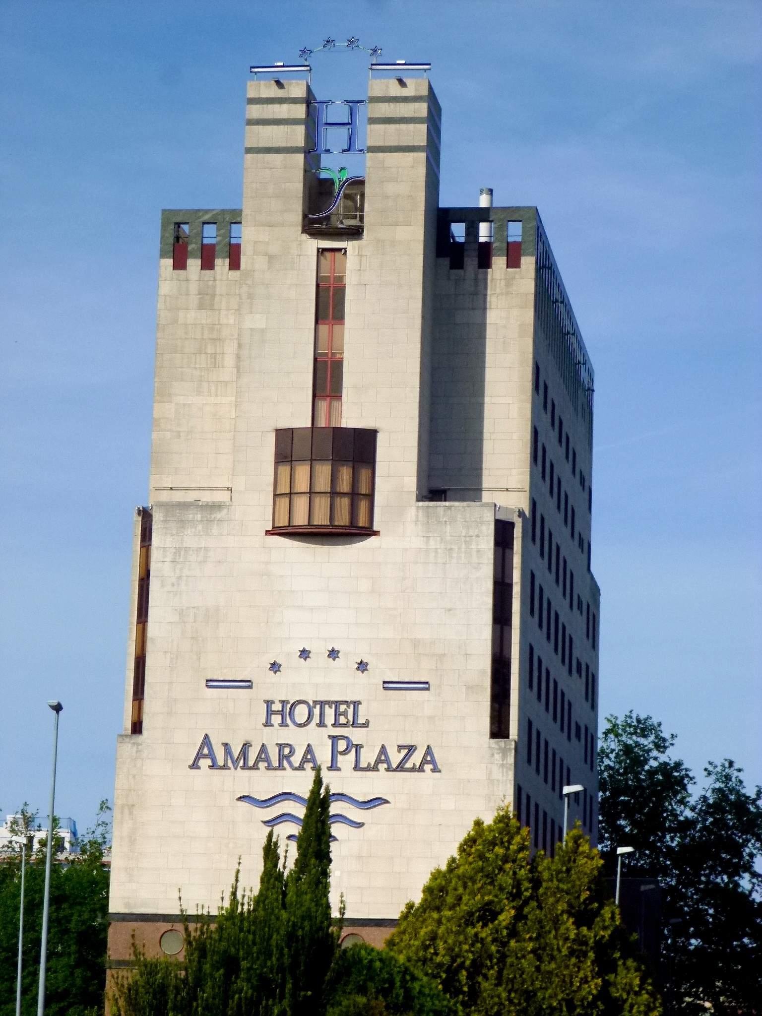 File:San Sebastián - Hotel Silken Amara Plaza 1.jpg - Wikimedia Commons