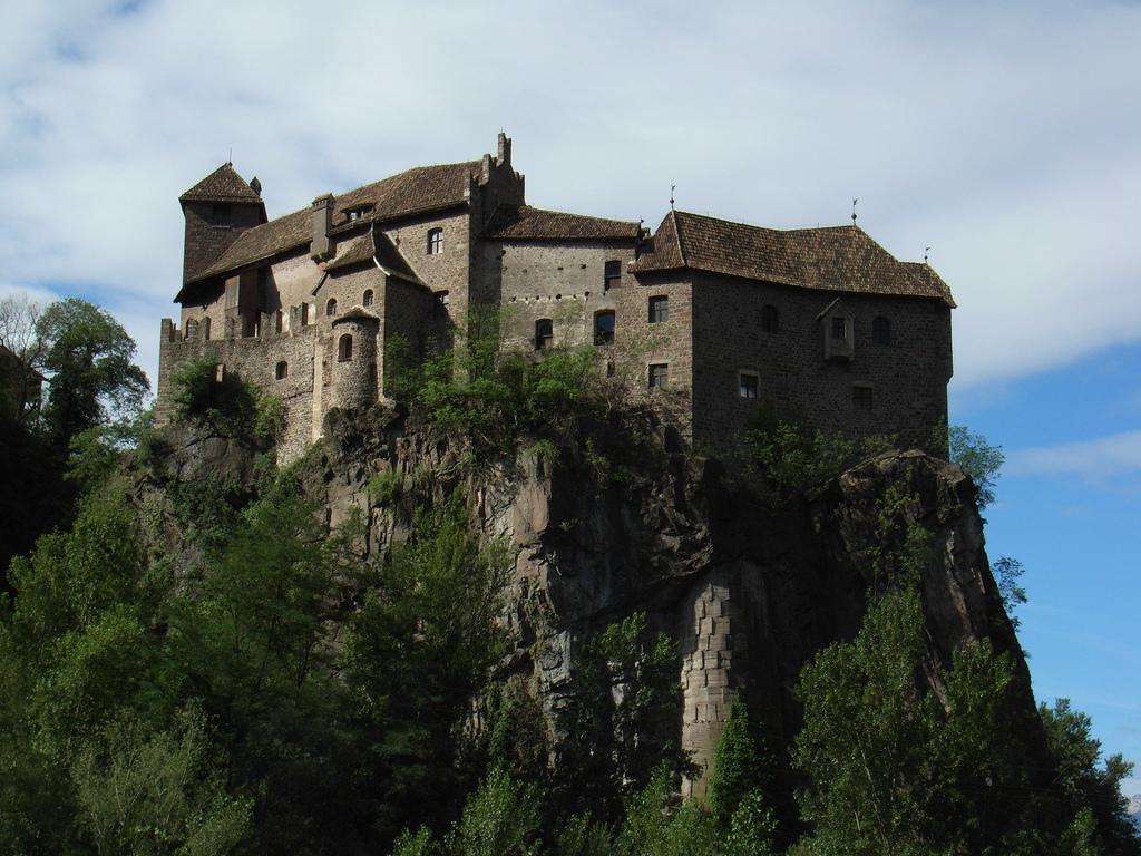 Schloss Runkelstein – Wikipedia