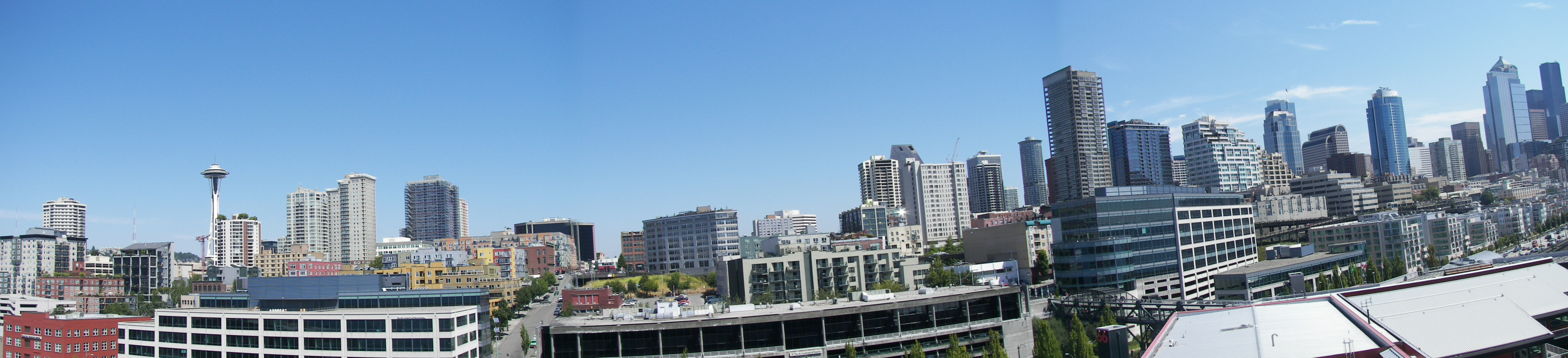 Seattle panoramic from Pier 66.jpg