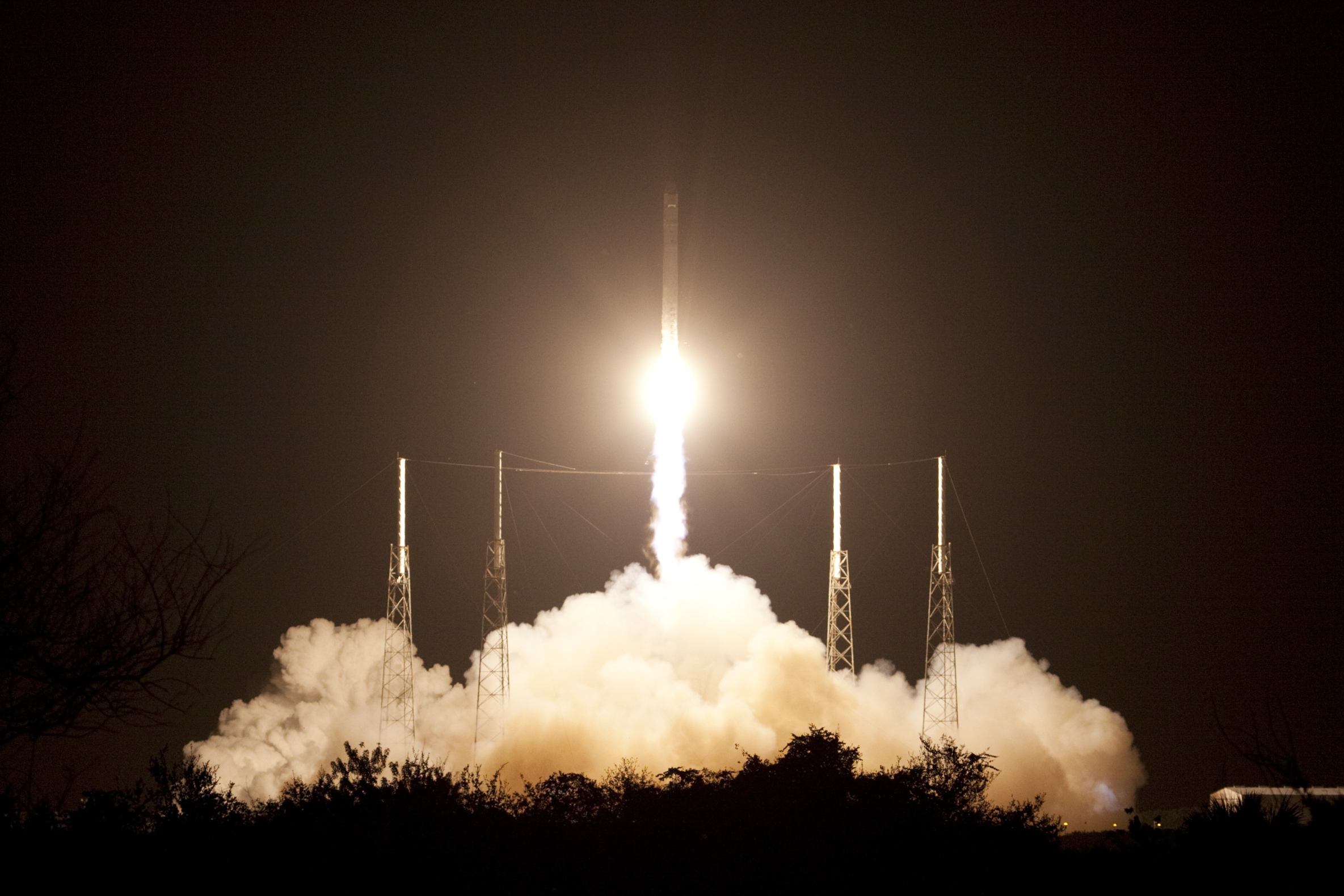 SpaceX is about to loan its rockets to the military | The ...