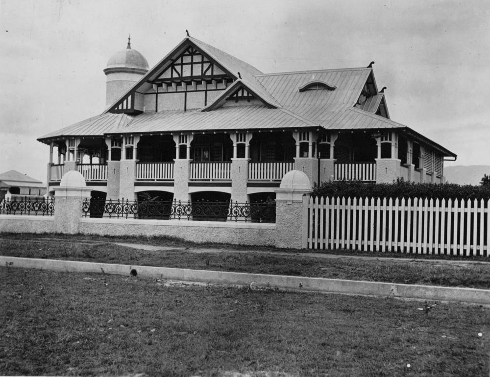 file statelibqld 1 123255 federation house in cairns 1914 jpg