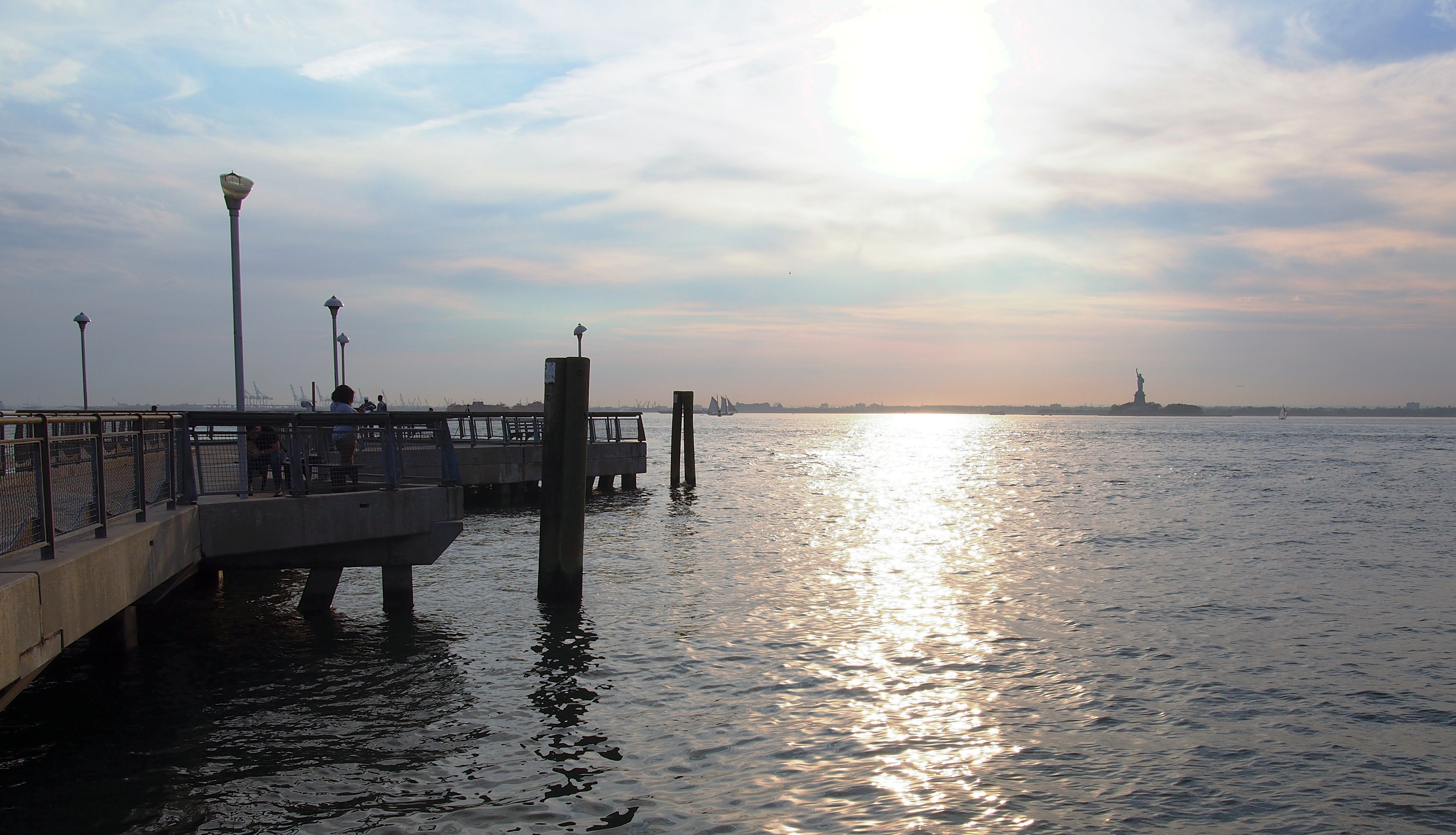 File Statue Of Liberty And Upper New York Bay From Valentino Pier 6 Jpg