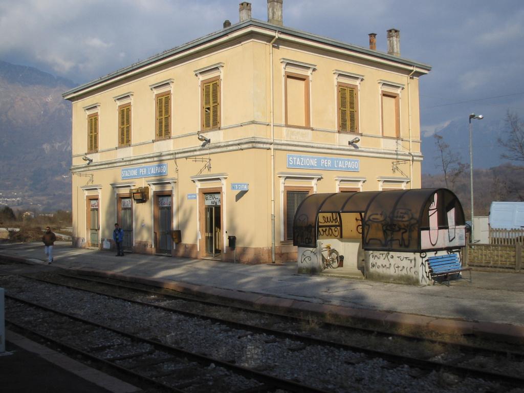 Stazione per l 39 alpago wikipedia for Il territorio dell architettura vittorio gregotti