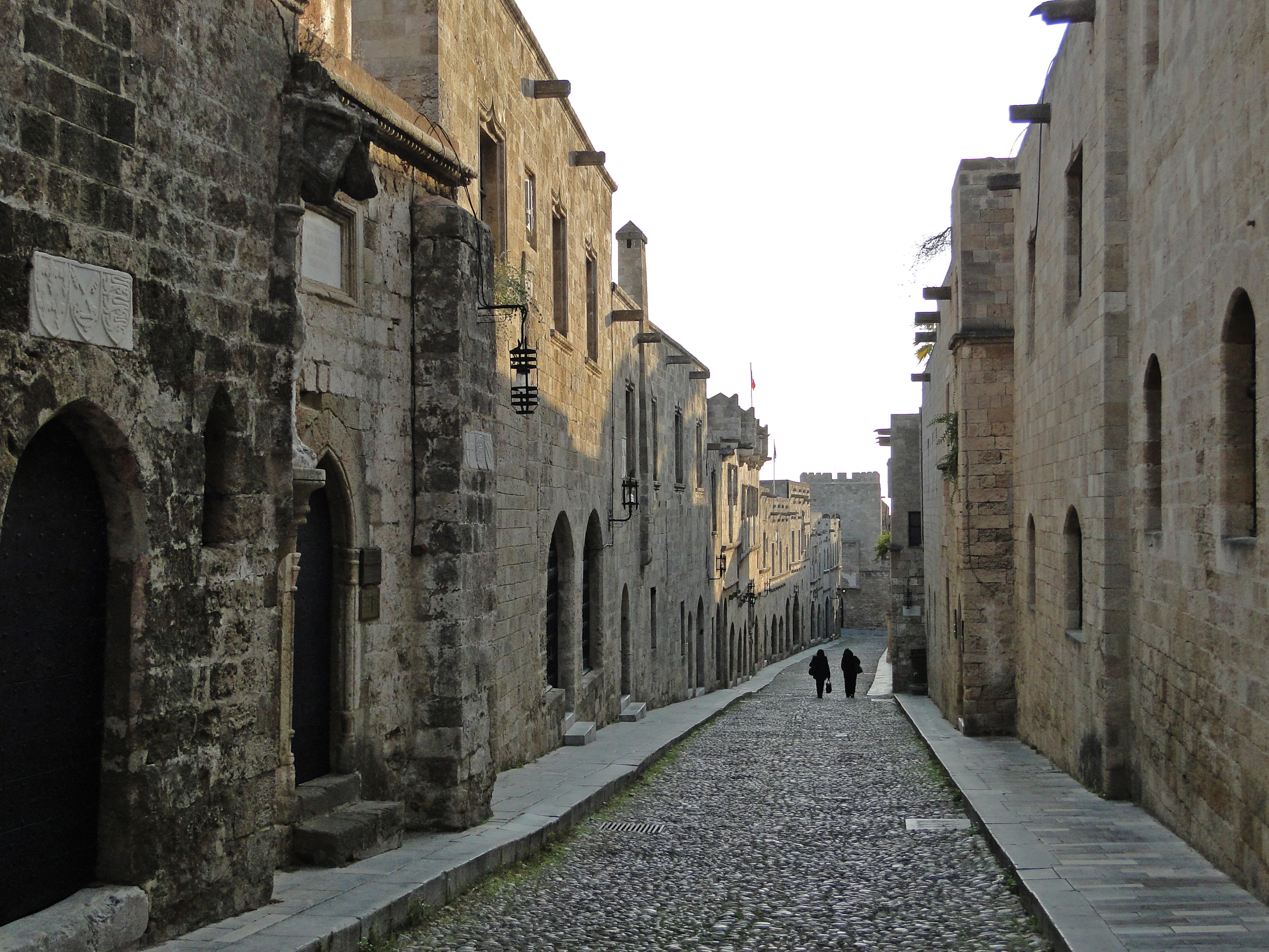 File:Street of Knights (Rhodes) 02.jpg - Wikimedia Commons