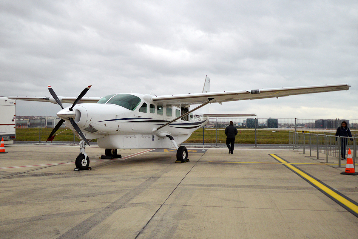 File Textron Aviation N425ex Cessna 208b Grand Caravan 45253018331 Jpg Wikimedia Commons