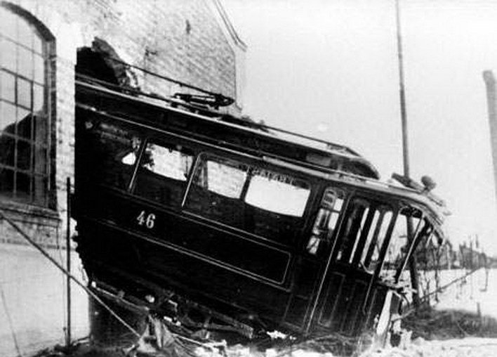 File:Tram crash Torshov.jpg