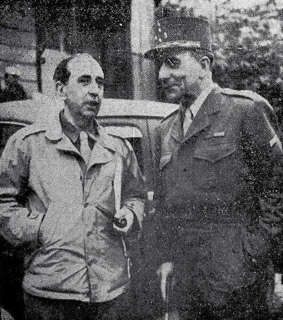 Huidobro como corresponsal de guerra conversa con el general Jean de Lattre de Tassigny (1945).