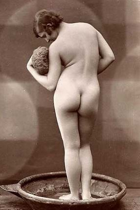 Criticism vintage nude women photography