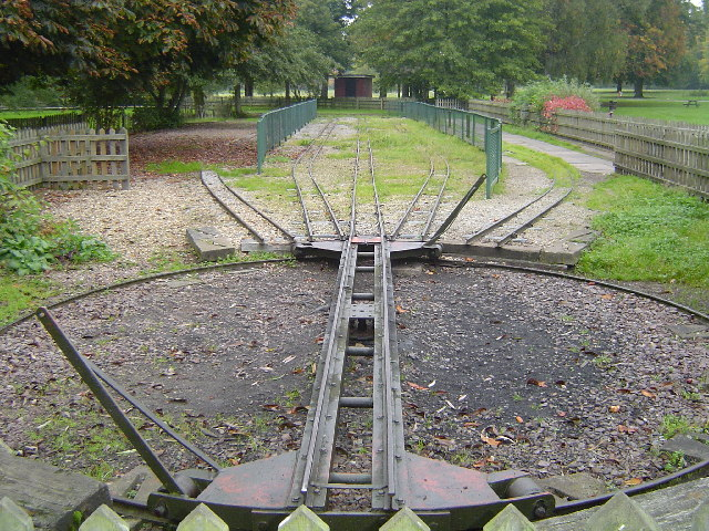 Watford Miniature Railway, Cassiobury Park, Watford - geograph.org.uk - 64126