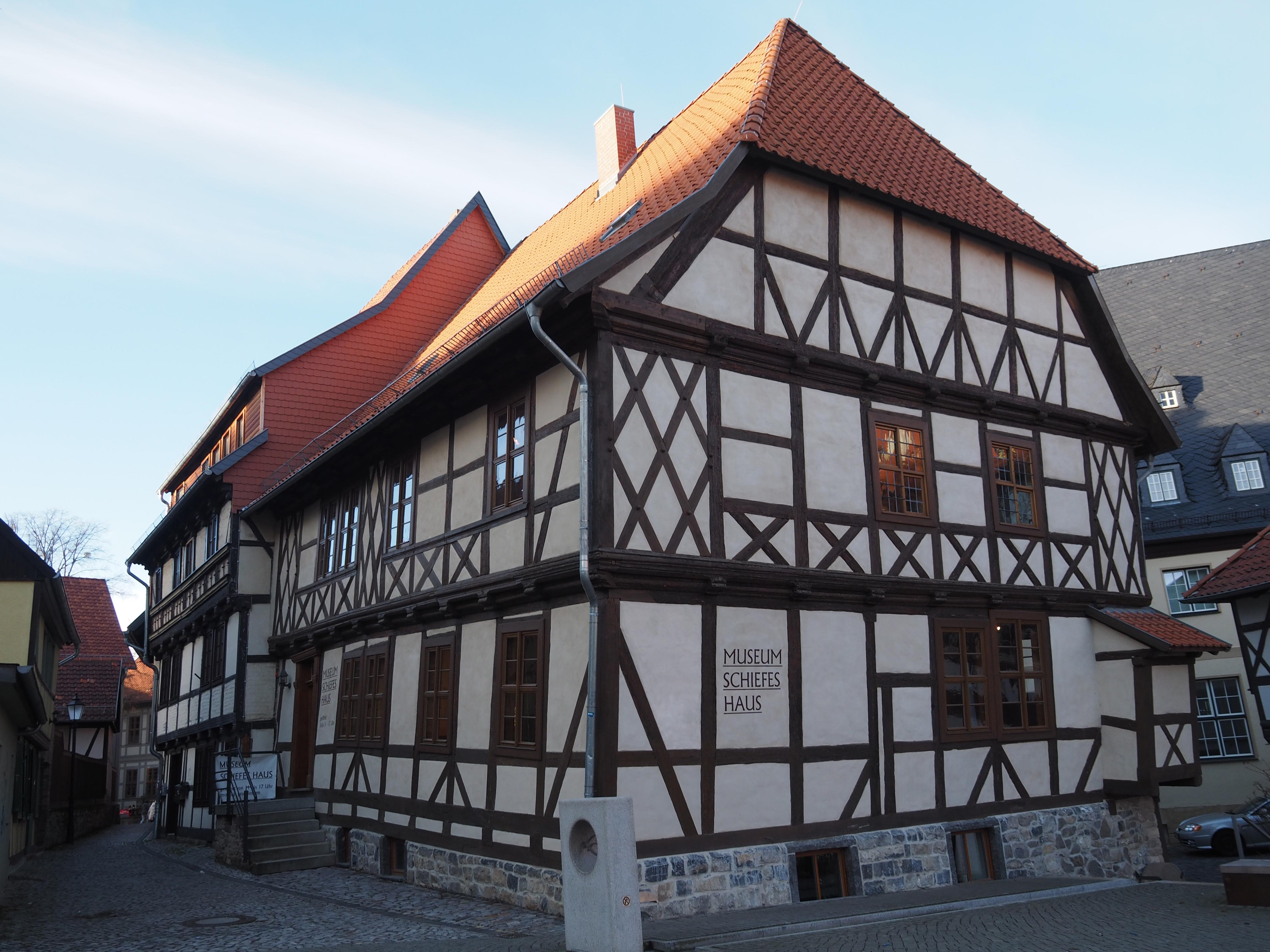 Datei:Wernigerode Museum Schiefes Haus (2).JPG – Wikipedia