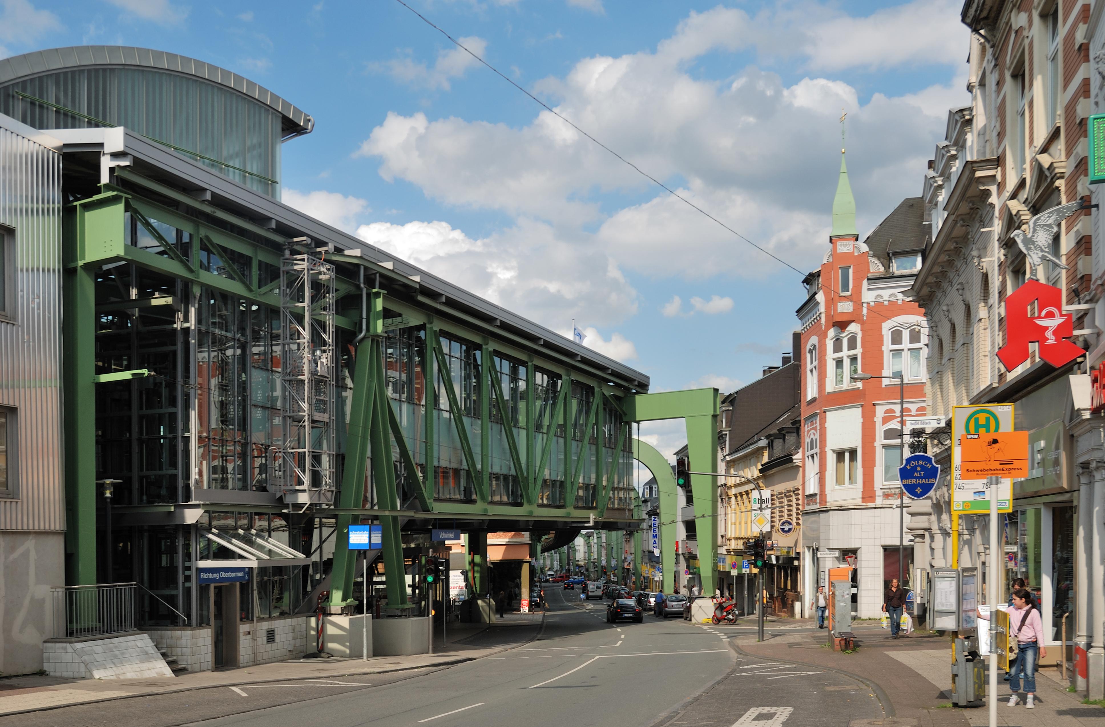 File wuppertal 090619 8529 vohwinkel endstelle schwebebahn for Wuppertal design hotel