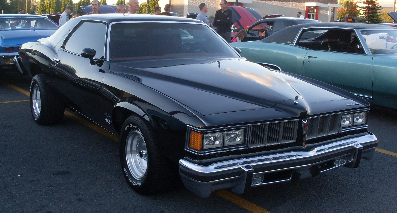 File:'76 Pontiac Grand LeMans (Auto classique St-Constant ...