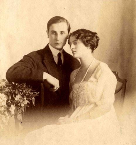 File:Князь Феликс Юсупов с женой Ириной -1914-.jpg