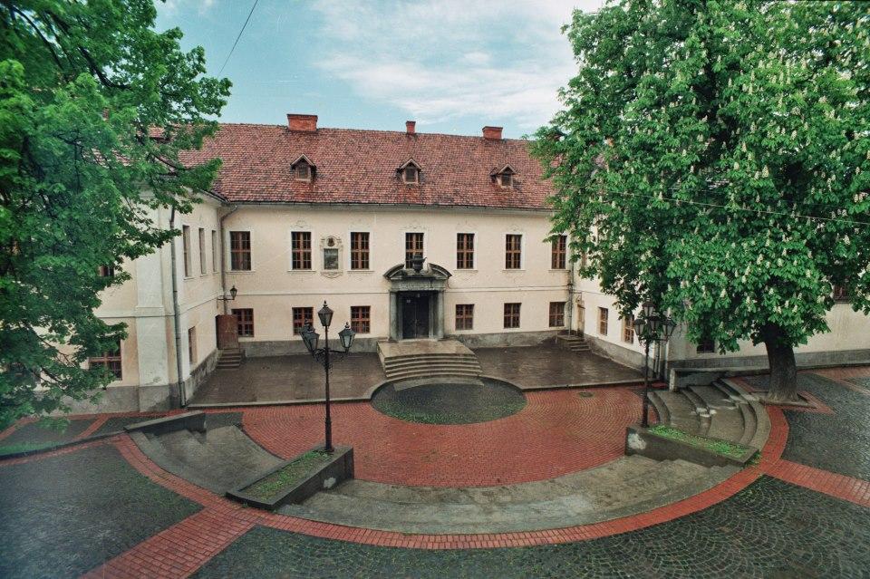 """Палац графів Шенборнів """"Білий палац"""" (мур.).jpg"""