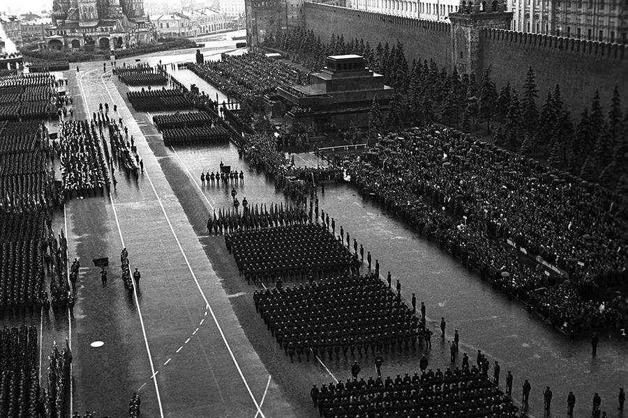 Парад Победы на Красной площади 24 июня 1945 г. (22).jpg