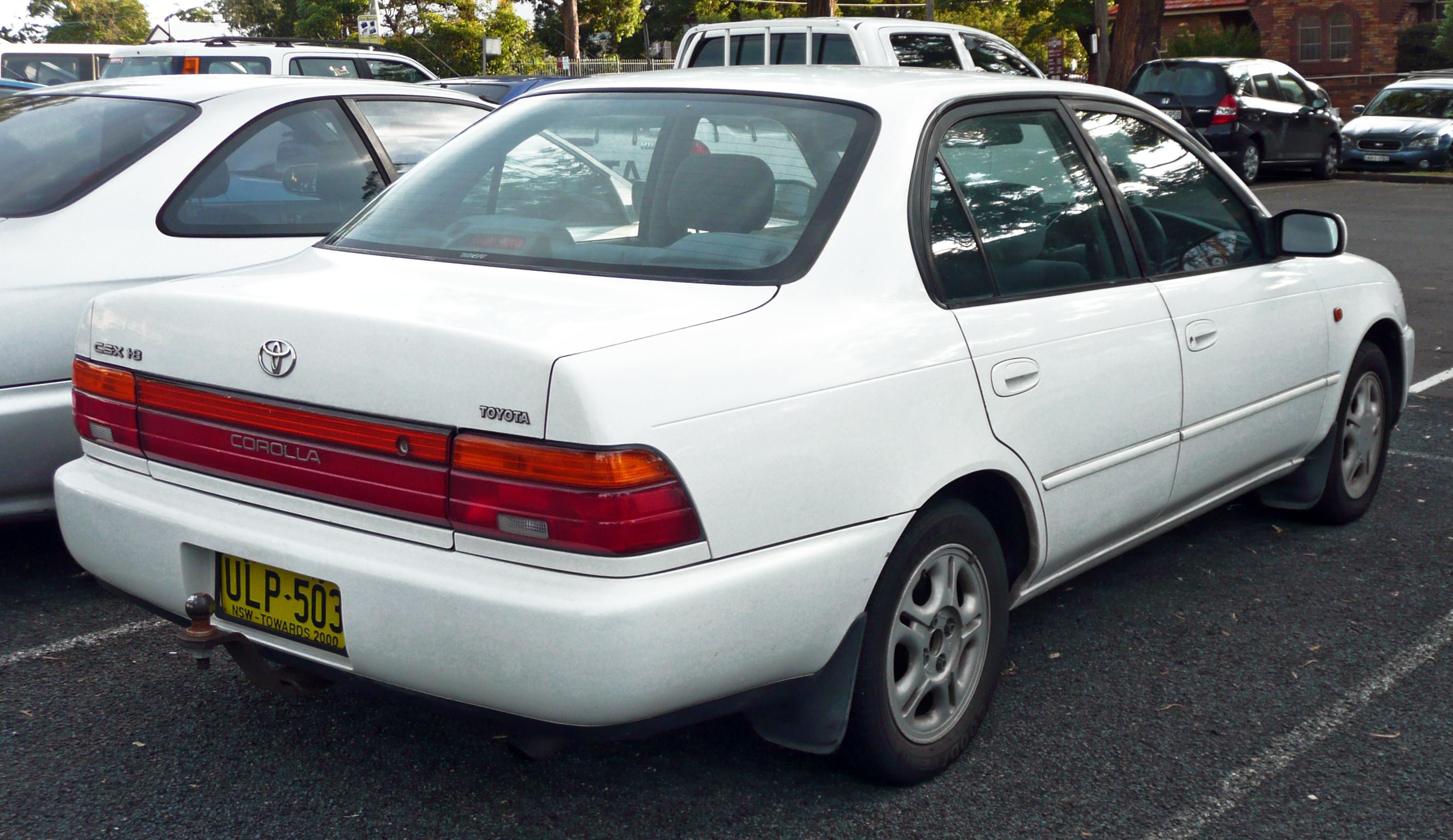 File19961998 Toyota Corolla AE102R CSX sedan 01jpg