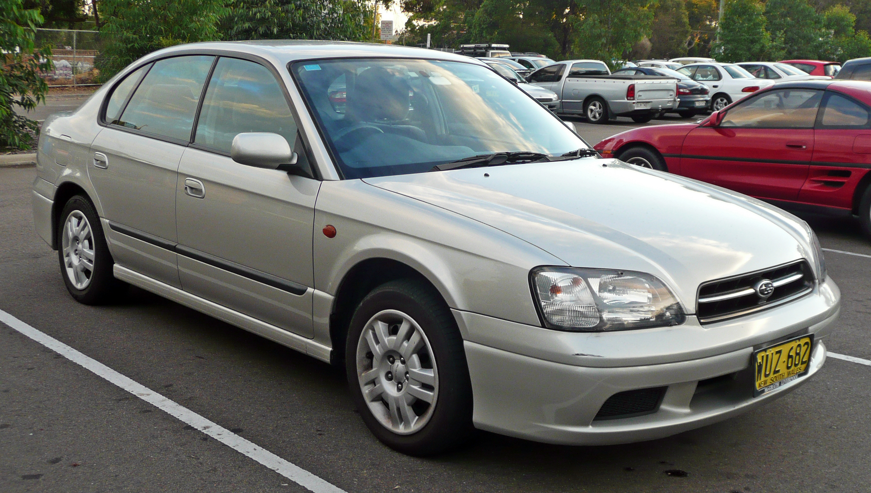 2000 Subaru Liberty (BE5 MY01) GX sedan (2010-05-04)