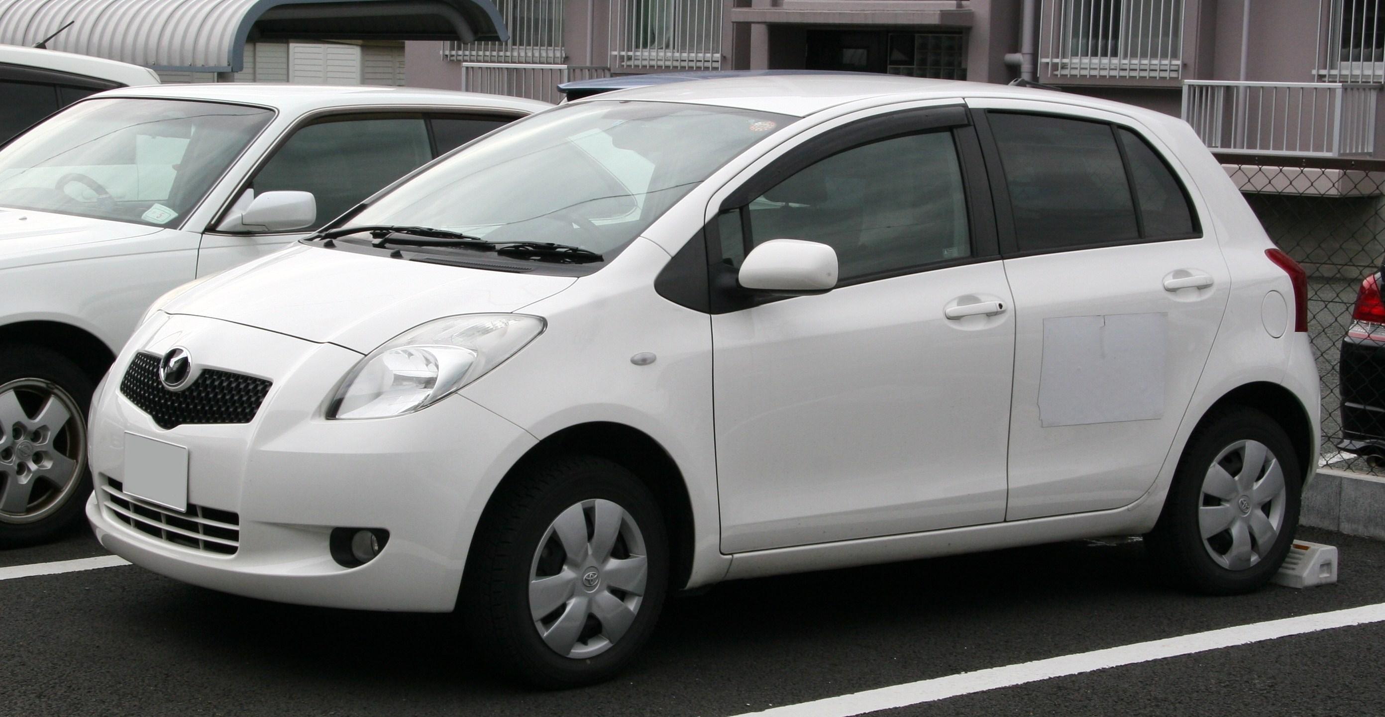 File 2005 2007 Toyota Vitz Jpg Wikimedia Commons