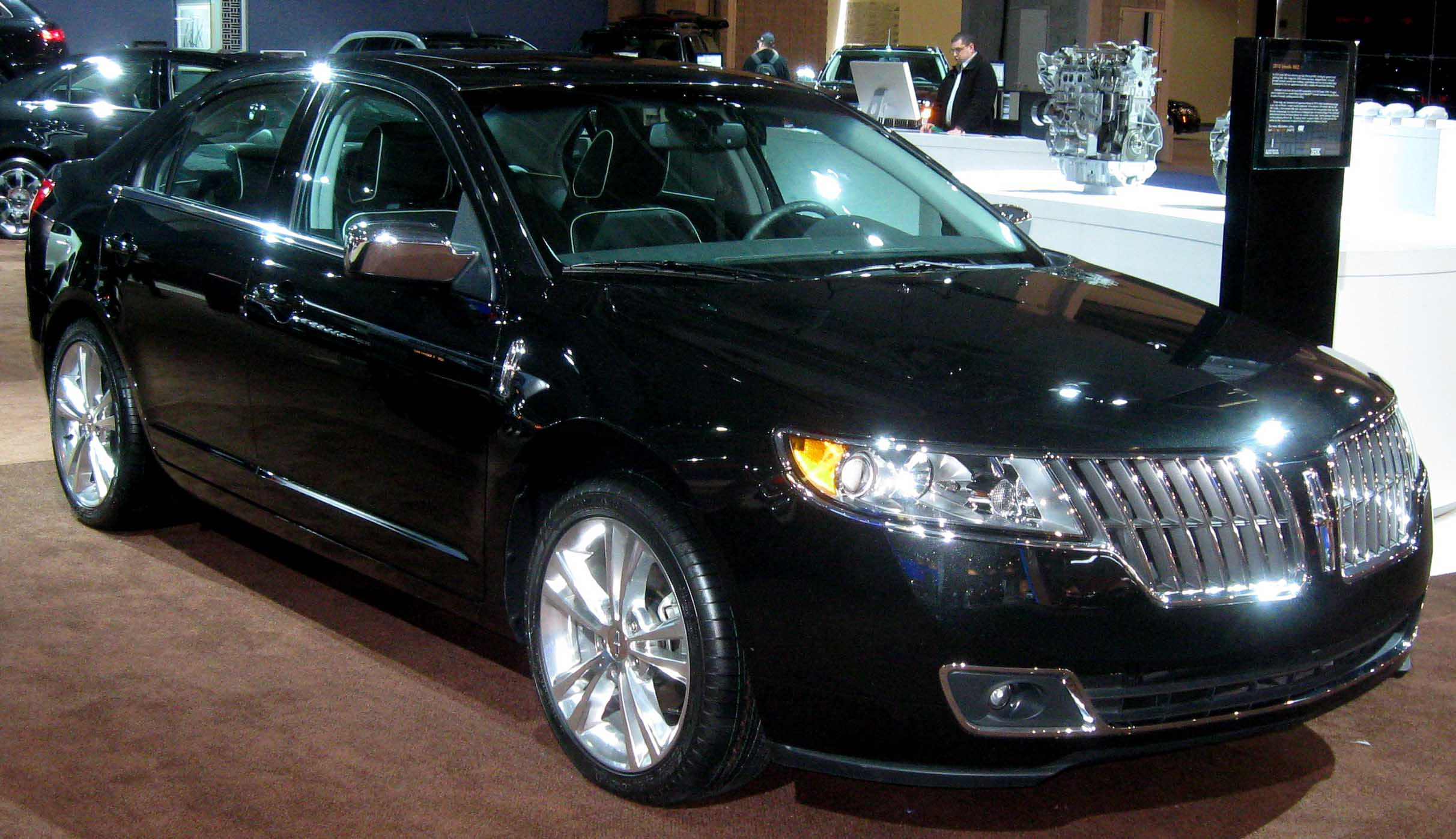 File:2010 Lincoln MKZ--DC.jpg - Wikimedia Commons