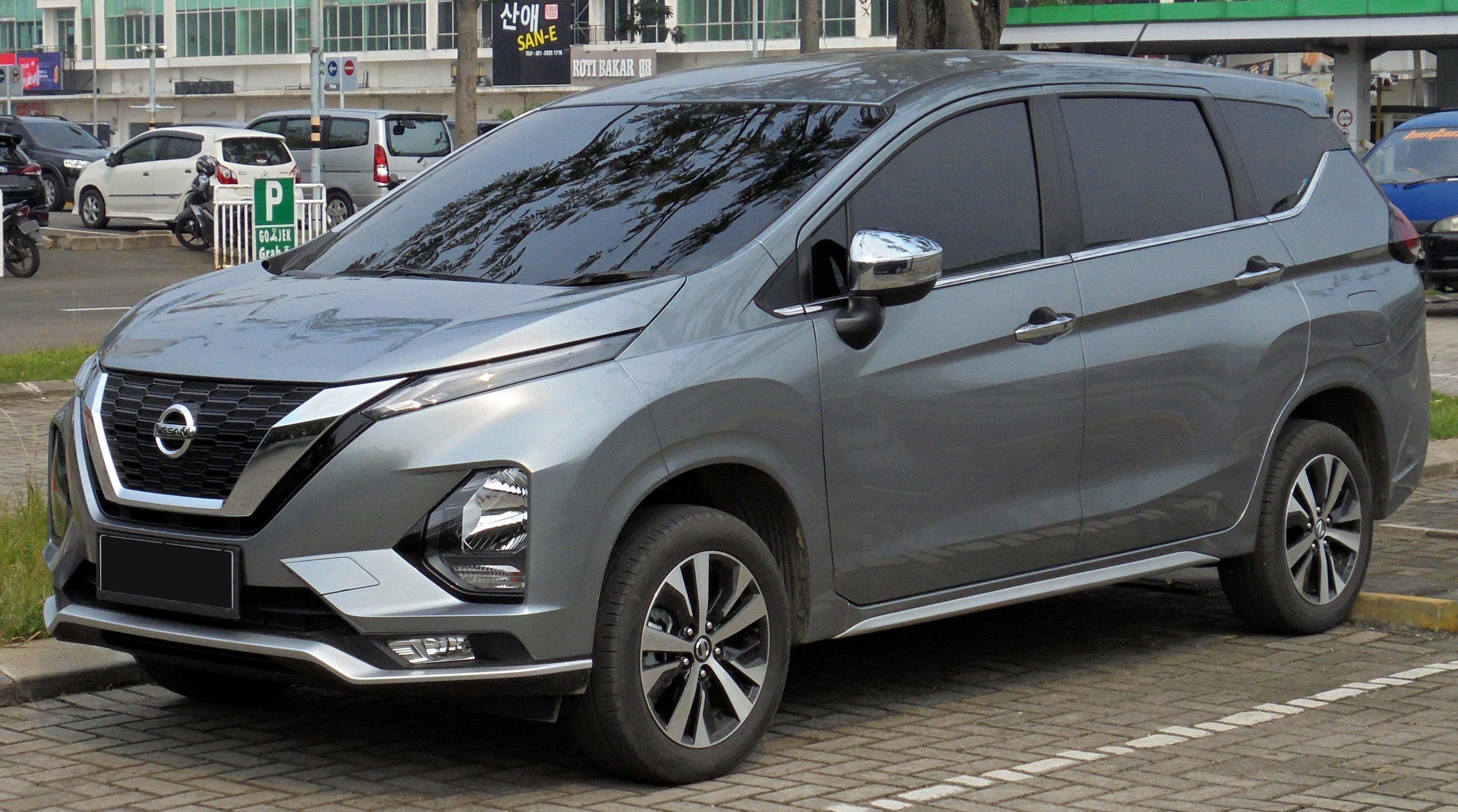 Berkas:2019 Nissan Livina VL 1.5 ND1W (20190616) 01.jpg