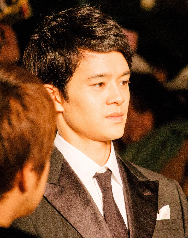 Den 28-år gammal, 170 cm lång Sosuke Ikematsu in 2018 photo