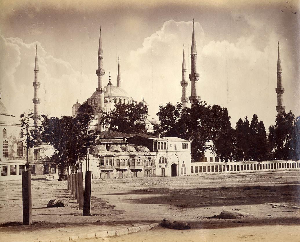 Abdullah frères - Sultan Ahmet camii, Istanbul.jpg