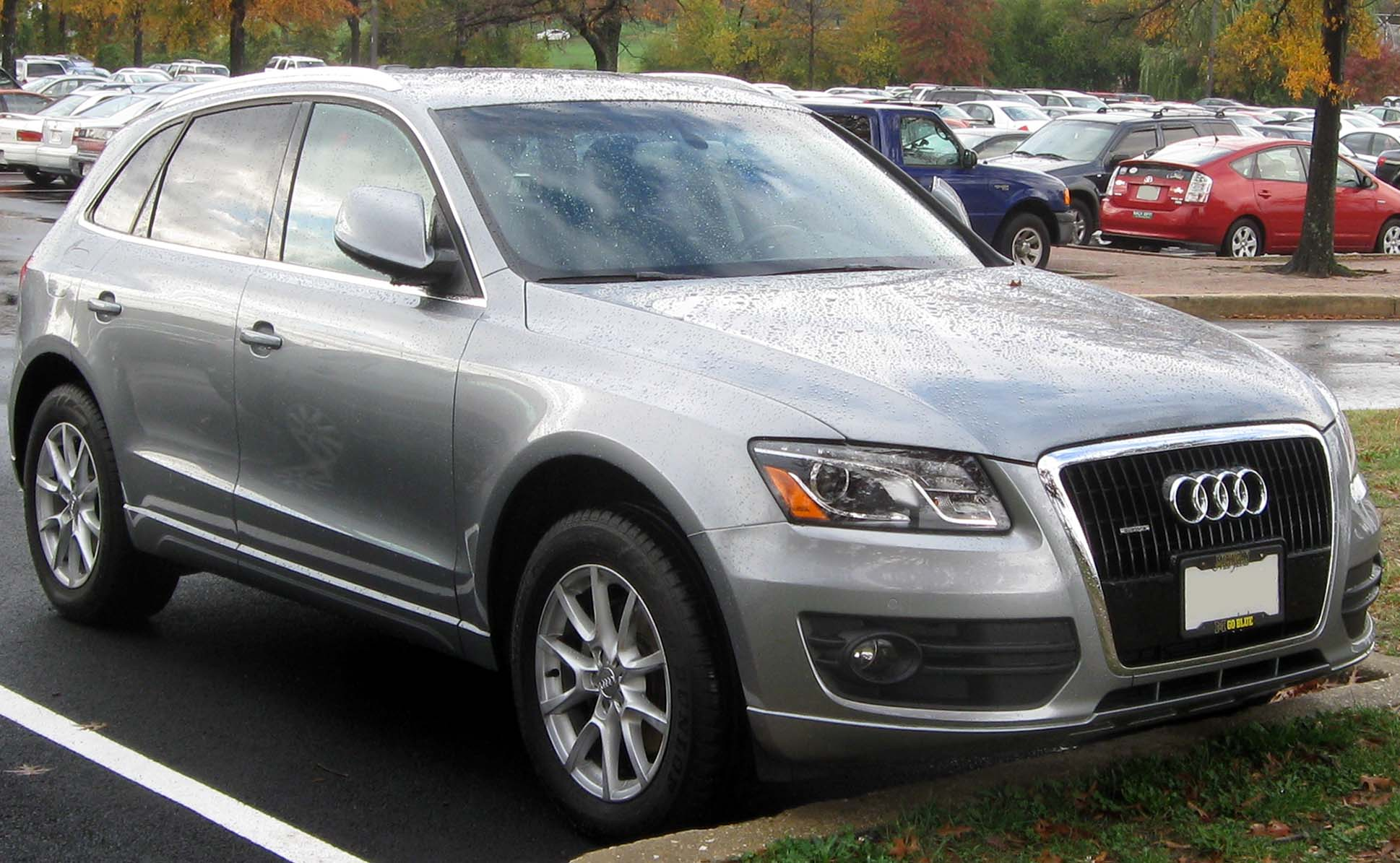 File Audi Q5 10 27 2010 Jpg Wikimedia Commons