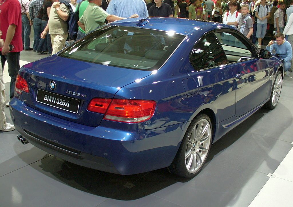 File Bmw 325xi Coup 233 Jpg Wikimedia Commons