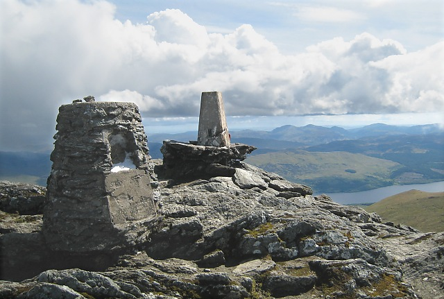 Ben Lawers - summit cairn - geograph.org.uk - 475995