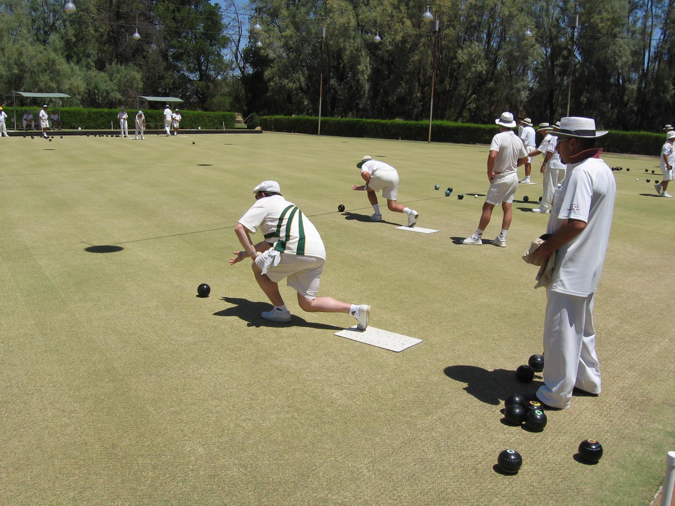 esportes estranhos lawn bowling