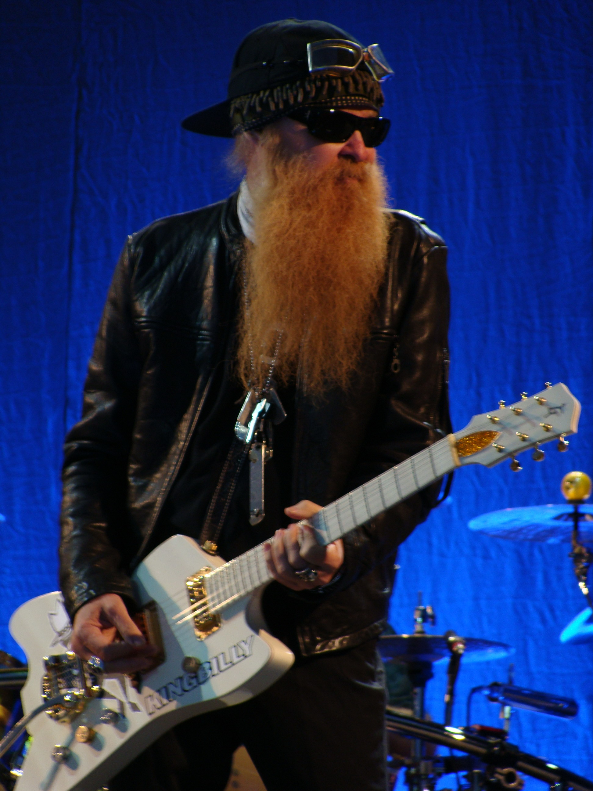 File:Billy Gibbons of ZZ Top performing in San Antonio
