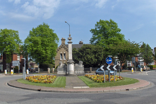 File:Brigg War Memorial - geograph.org.uk - 794323.jpg