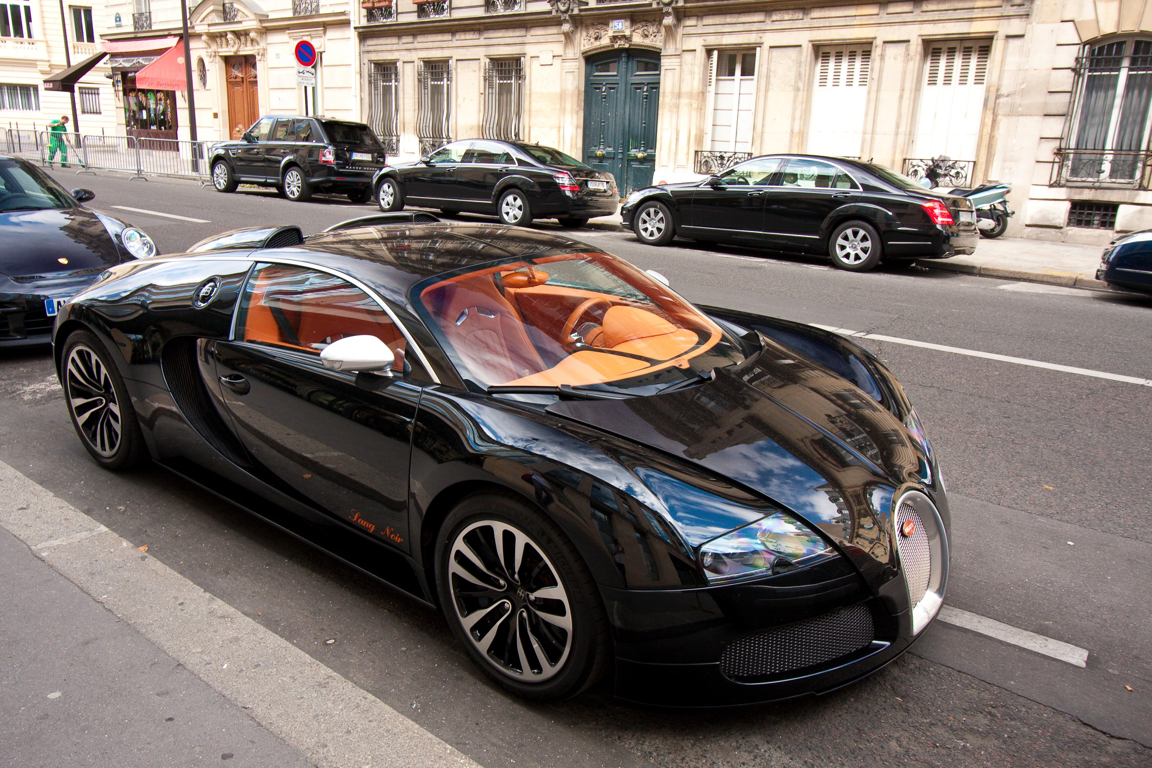 File:Bugatti Veyron sang noir.jpg - Wikimedia Commons