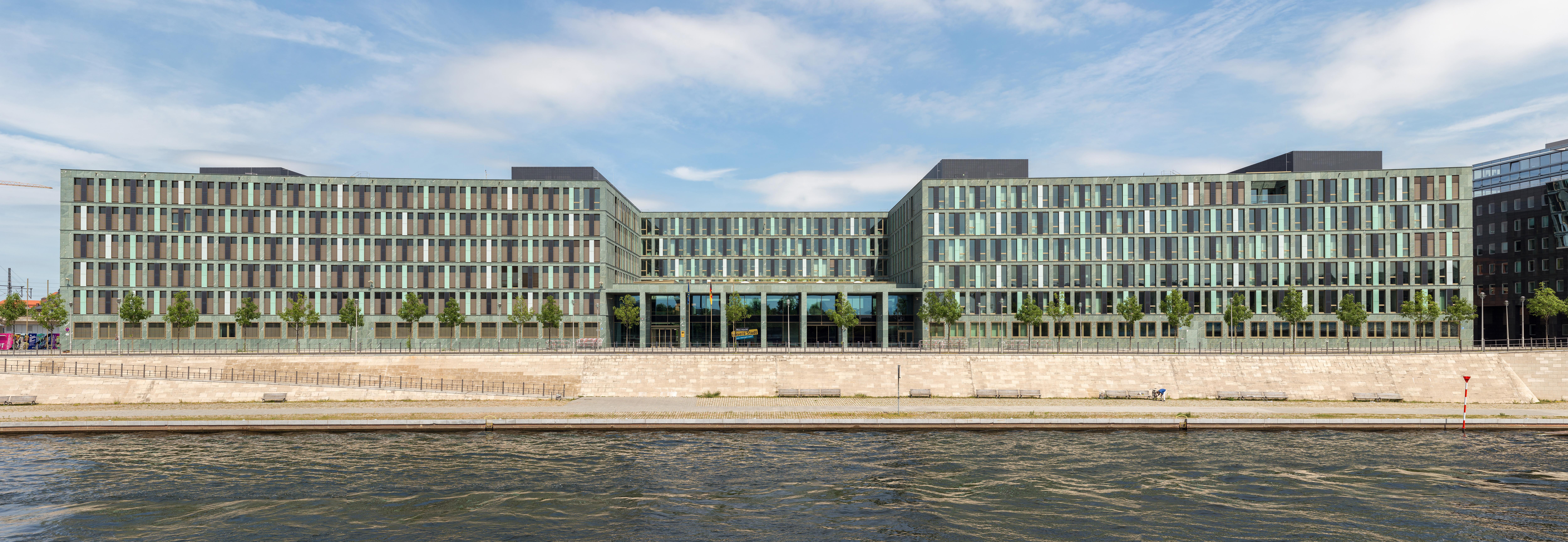Heinle Wischer Partner file bundesministerium für bildung und forschung berlin 150607