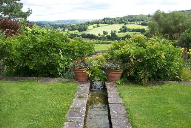 File Burrow Farm Gardens