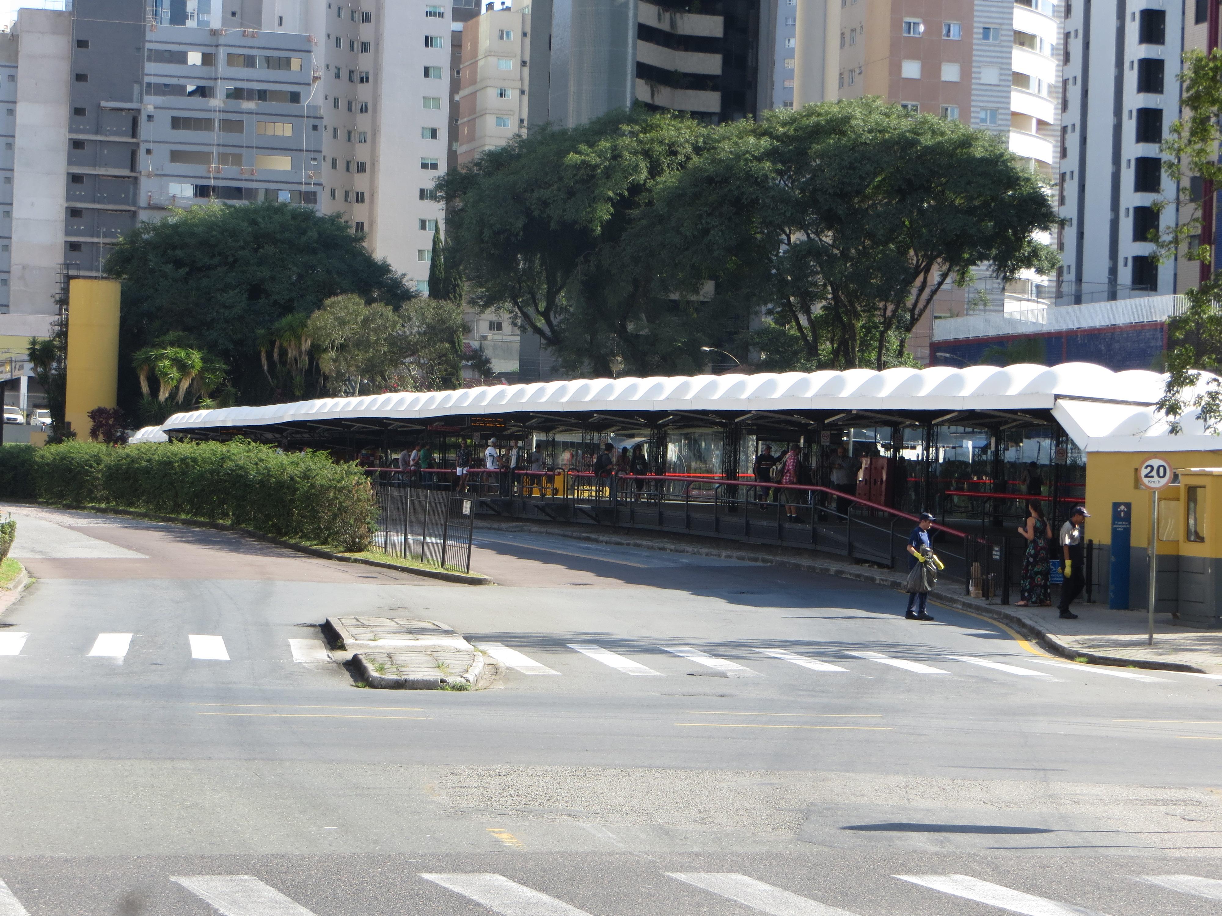 FileCabral Curitiba Terminal Do Cabral 13