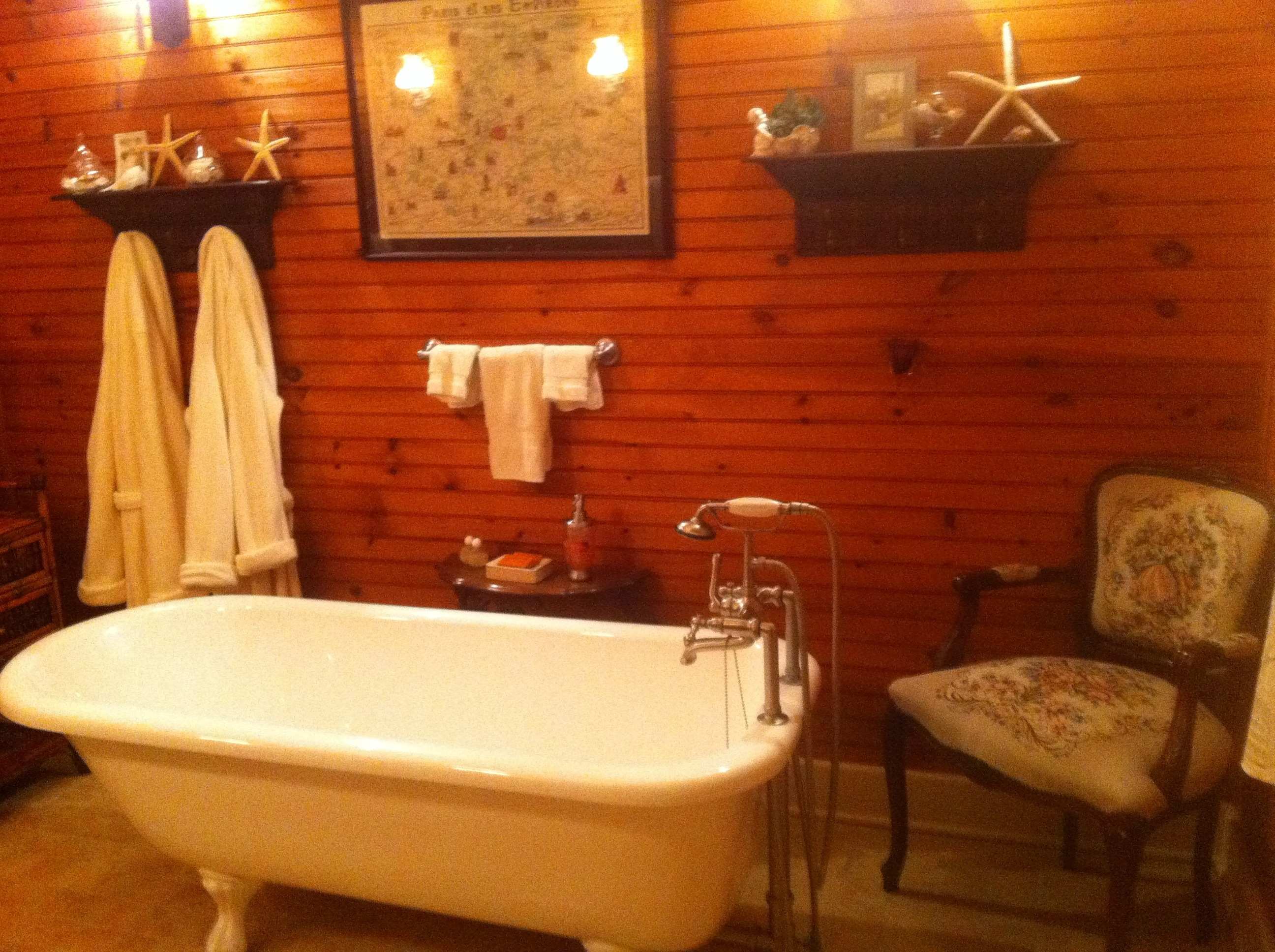 Attractive Bubble Bath Tub Elaboration - Luxurious Bathtub Ideas and ...