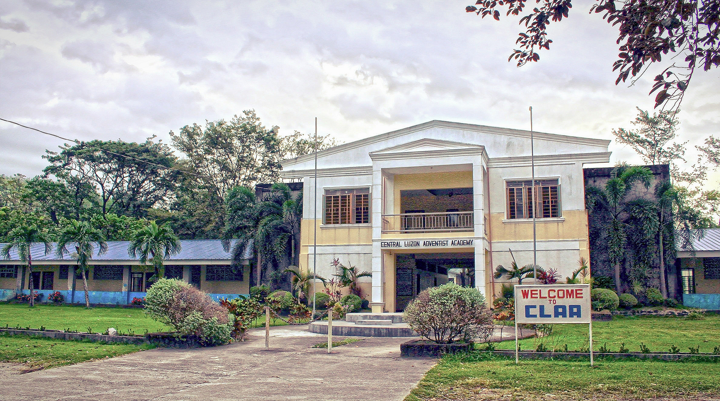 Central Luzon Adventist Academy - Wikipedia