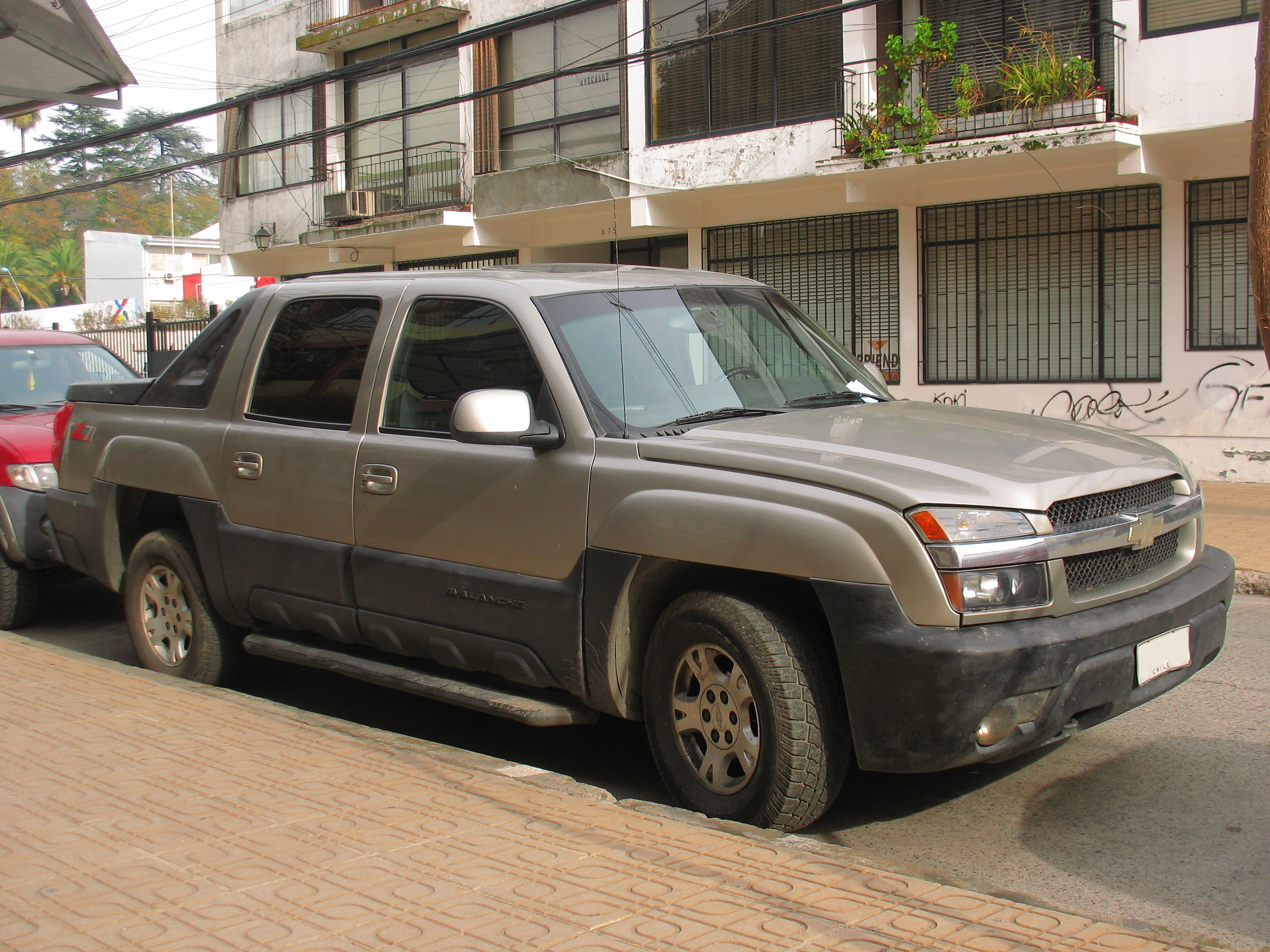 Filechevrolet avalanche lt z71 2003 14253371078g wikimedia filechevrolet avalanche lt z71 2003 14253371078g sciox Image collections