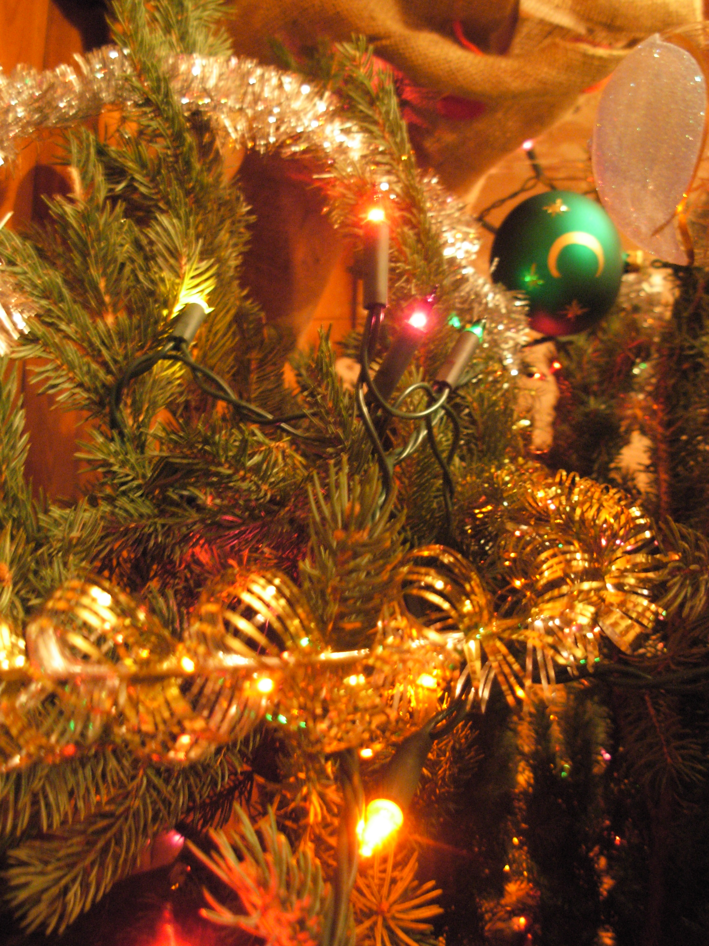 filechristmas decorations on a tree closeupjpg