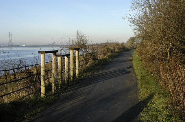Coastal path from Glasson Dock to Lancaster - geograph.org.uk - 1070431
