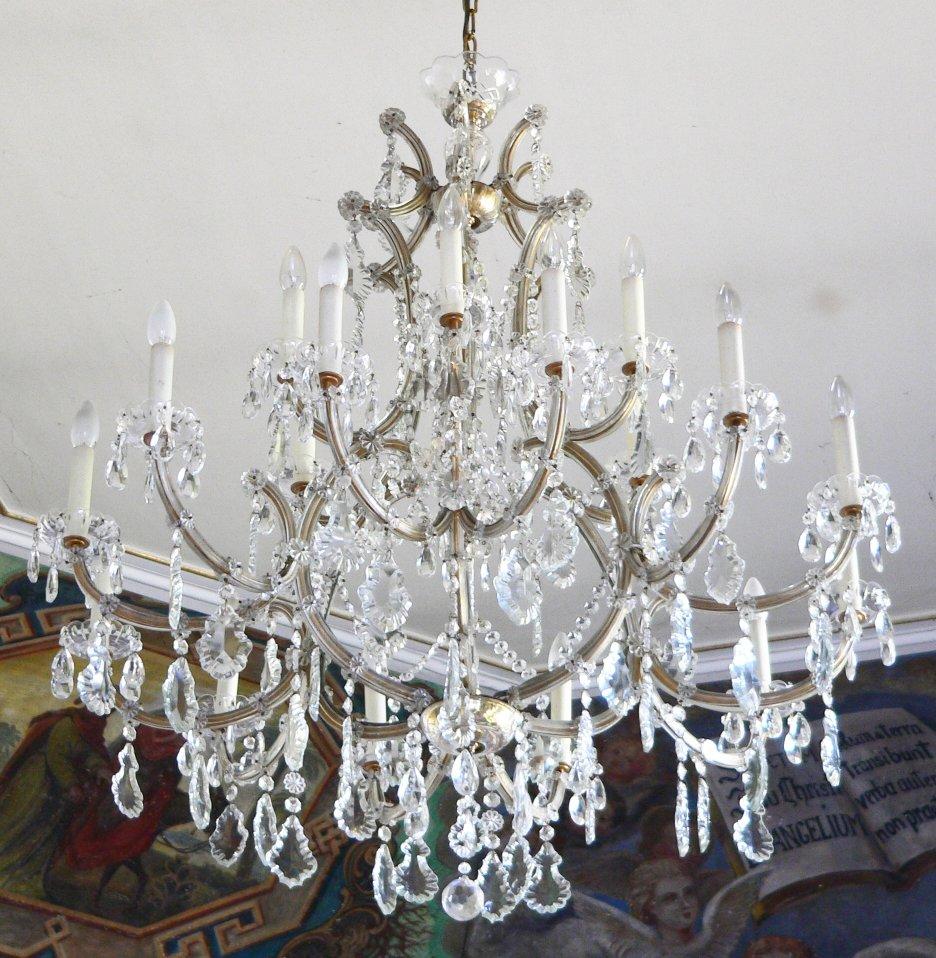 file dagstuhl chapel chandelier. Black Bedroom Furniture Sets. Home Design Ideas