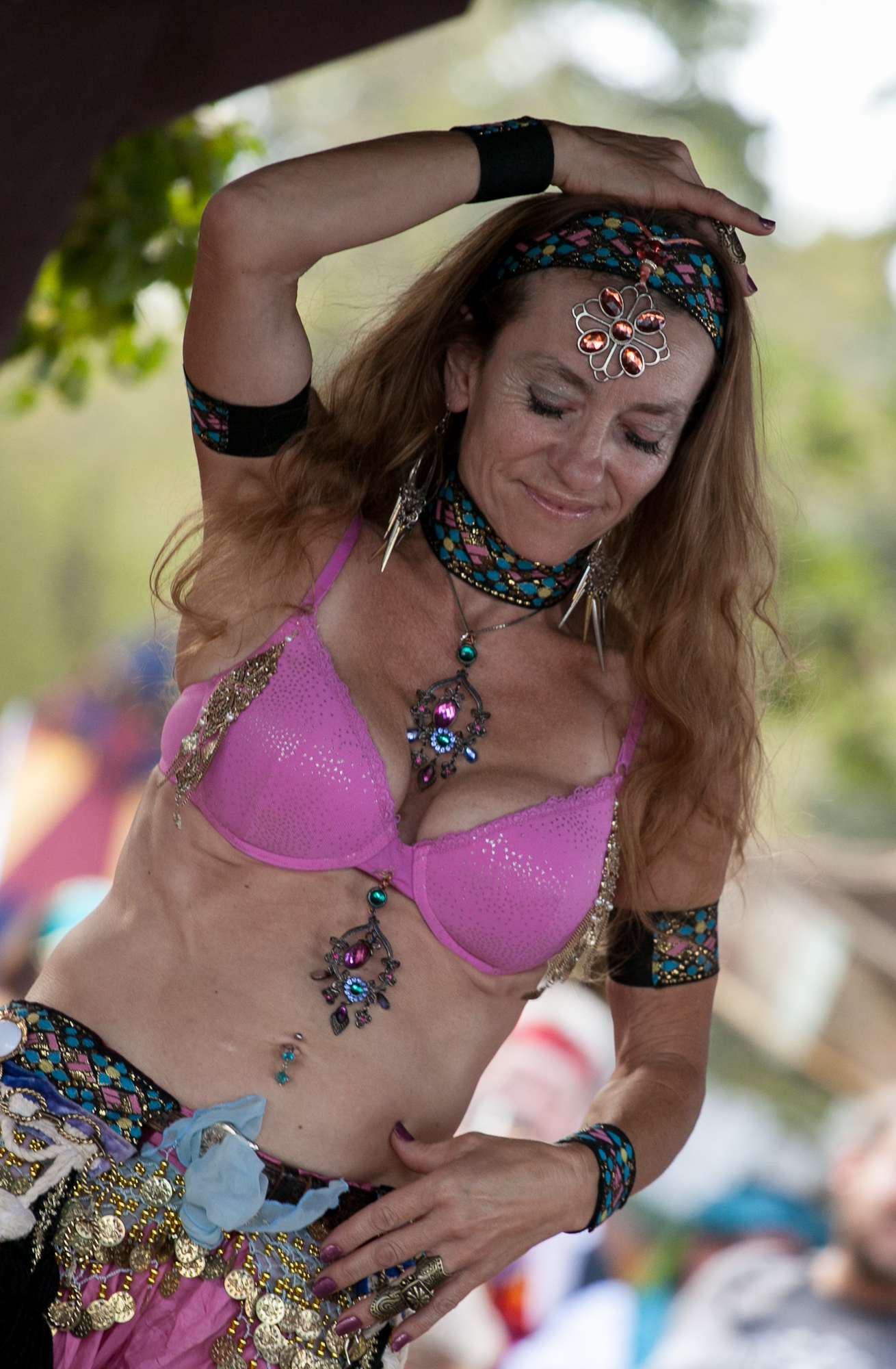image Sexy belly dancers dance to barbie girl