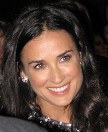 File:Demi Moore at Huffington Post Pre-Inaugural Party ...