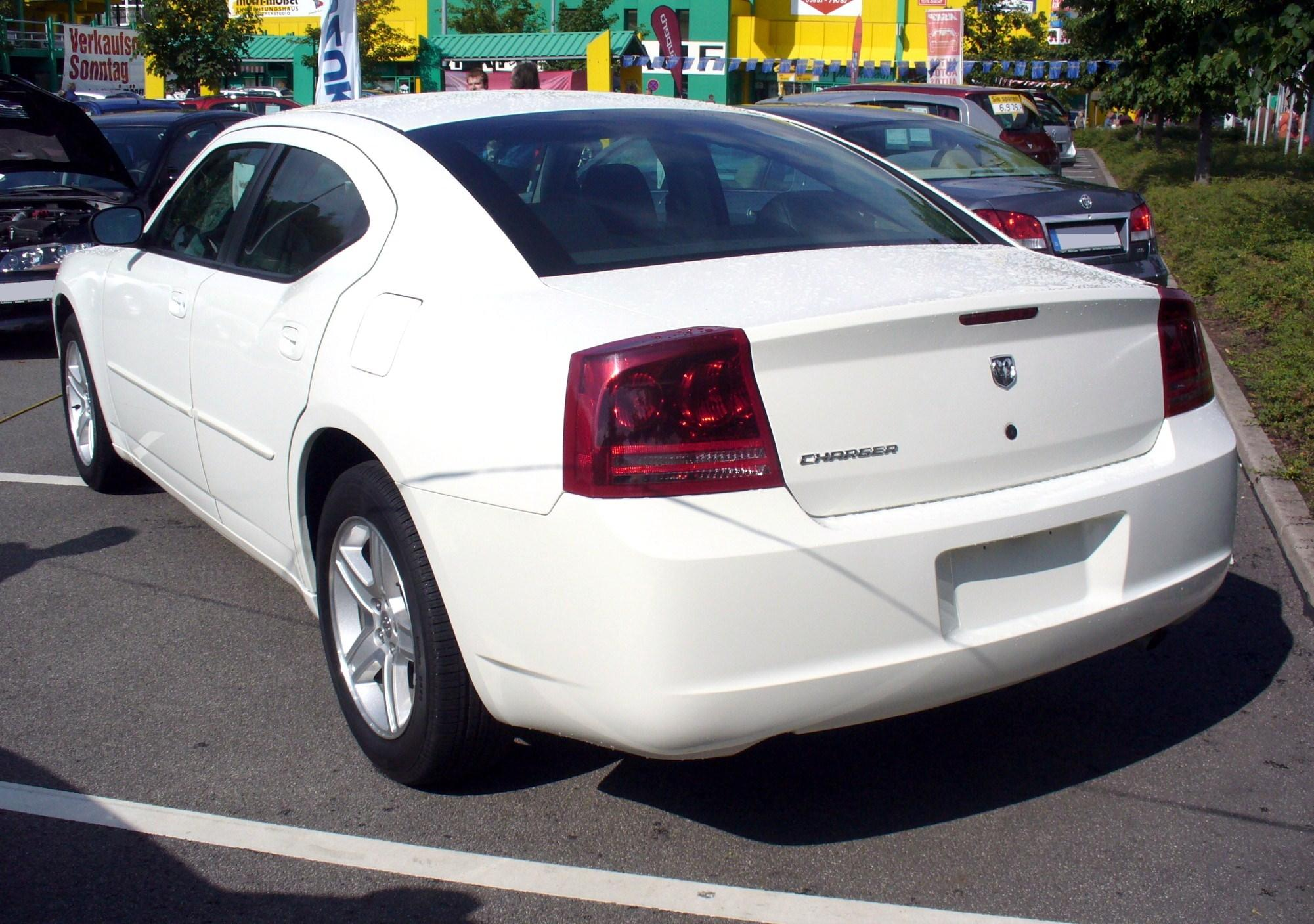 File:Dodge Charger Heck.JPG - Wikimedia Commons