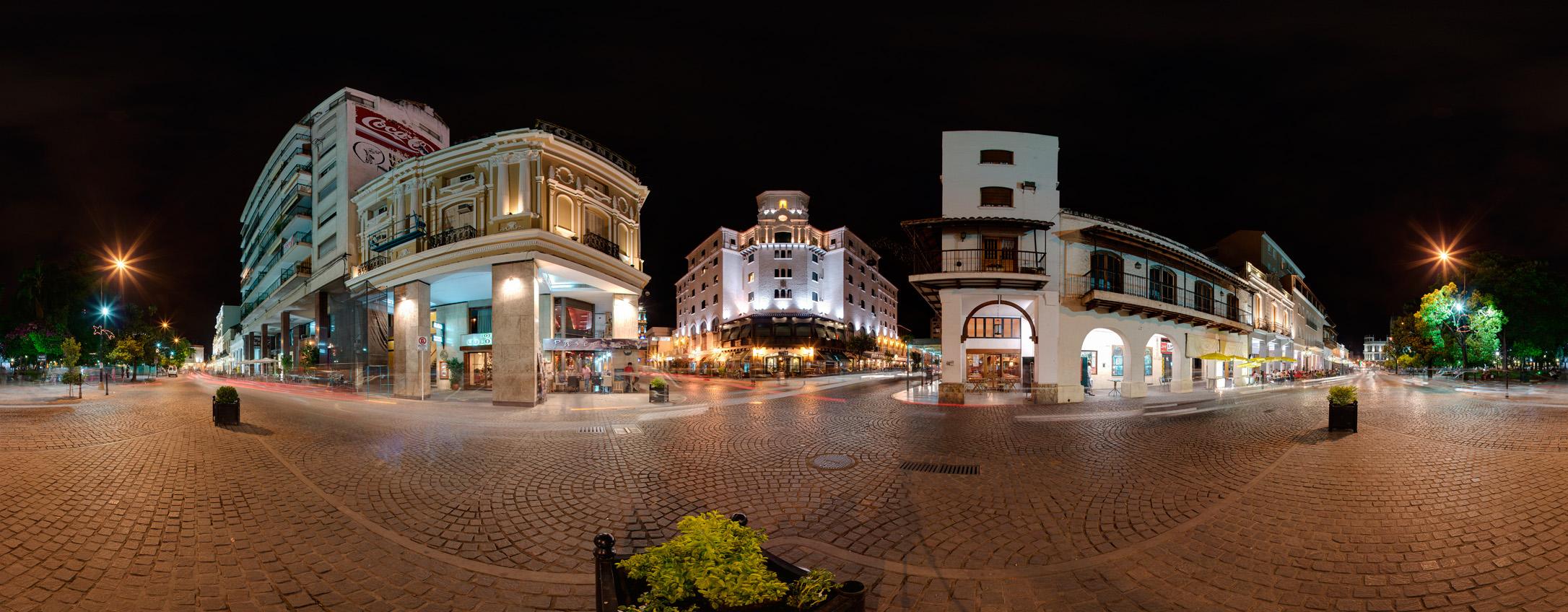 file edificios alrededor de la plaza 9 de julio
